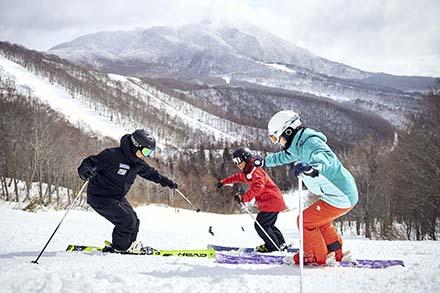 スキーインストラクター(常勤)